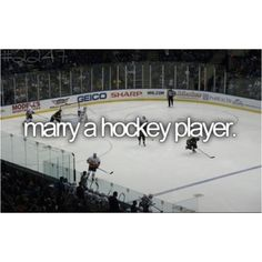 hockey players are SO hot.