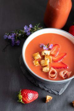 Gazpacho di fragole Gazpacho, Panna Cotta, Strawberry, Pudding, Estate, Ethnic Recipes, Desserts, Blog, Drinks
