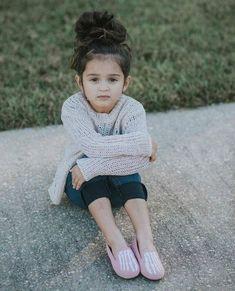 Stylish Girl Pic, Stylish Kids, Beautiful Children, Beautiful Babies, Kids Girls, Cute Girls, Cute Babies Photography, Cute Baby Girl Pictures, Cute Little Baby