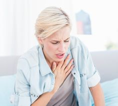 Allergisches Asthma Im Gegensatz zum intrinsischen Asthma wird das allergische Asthma durch Allergene ausgelöst, auf die unser Immunsystem und unser Körper reagieren. Häufig steht es in Verbindung zu Heuschnupfen, aber auch alle anderen Allergien können sich bis hin zu einem allergischen Asthma entwickeln.