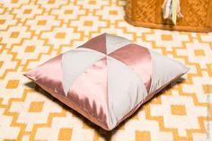 DIY Graphics Cushions - Photo © Wild Birds Collective #pastel #colors #gif #diy #cushion