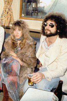 Stevie Nicks and Lindsey Buckingham, Fleetwood Mac Stevie Nicks 70s, Stevie Nicks Lindsey Buckingham, Buckingham Nicks, Stevie Nicks Fleetwood Mac, Jeff Lynne Elo, Women Of Rock, Cinema, Best Couple, Rock And Roll