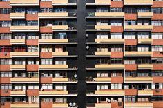 """Galeria de Arquitetura Moderna em Porto Alegre (Parte II): Entre o """"Estilo Internacional"""" e o padrão brutalista nos anos 60/70 / Luís Henrique Haas Luccas - 22"""
