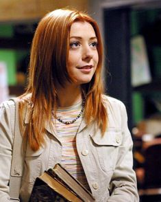 Alyson Hannigan Birthday March Pictured here as Willow Rosenberg in the television series 'Buffy the Vampire Slayer' *and as an added bonus, her first daughter Satyana was born on her birthday! Alyson Hannigan, Willow Buffy, Buffy Im Bann Der Dämonen, Amber Benson, Buffy Summers, Buffy The Vampire Slayer, Spike Buffy, Vampire Art, Sarah Michelle Gellar