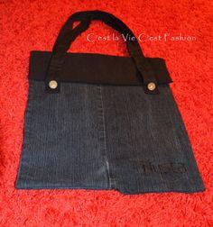 Bolso de tejano manualidades... D.I.Y.Do you like things different from normal ... try to D.I.Y ....Denim Bag ...  Bolso de jean... Ahora se lleva reciclar..  http://cestlaviecestfashion.blogspot.com.es/2013/11/bolso-de-tejano-manualidades-diy.html #cestlaviecestfashion #fashionblogger #fashionbloggerbarcelona #DIY #denimbag