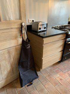 cuisine chêne contemporaine sur mesure Ateliers POivre d'Ane