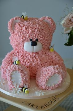 Pinner said:My present cake - This little bear I did after watching a online course with Paul Bradford. Love this for a baby shower! Pretty Cakes, Cute Cakes, Present Cake, Teddy Bear Cakes, Teddy Bear Birthday Cake, Teddy Bears, Birthday Cakes, Happy Birthday, Cupcakes Decorados