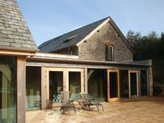 Stone barn conversion with glazed oak addition/Roderick James Architects Timber Architecture, Architecture Design, Barn Conversion Exterior, Barn Conversions, Barn Conversion Kitchen, Modern Barn, Modern Farmhouse, Le Ranch, Cottage Extension