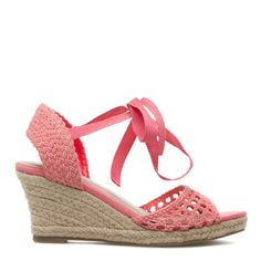 Espadrille demi-wedge heel. ~ Want!