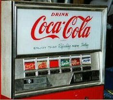 Check out these sweet old-school coca-cola machines. Coca Cola, Great Memories, Childhood Memories, Soda Machines, Vending Machines, Coke Machine, I Remember When, Thats The Way, The Good Old Days