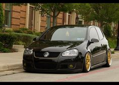 Beautiful black and gold MK5 GTI