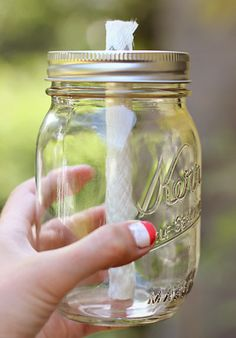 Vintage Amore: Mason Jar Torches -- a gorgeous alternative to tiki torches!