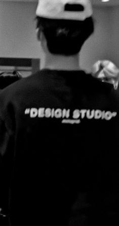 Grunge Photography, Dark Photography, Beige Aesthetic, Aesthetic Photo, Pretty Boys, Cute Boys, Nct Album, Nct Dream Jaemin, Nct Doyoung