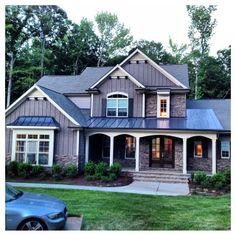 Beautiful home! I love this house!