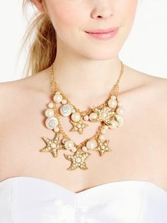 #KateSpade coral reef pearl and star necklace http://rstyle.me/n/gwa3er9te