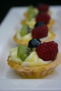 Joy of Jello » Blog Archive » Easy Fruit Tarts - with additional link to mini tart shells and key lime pie tart