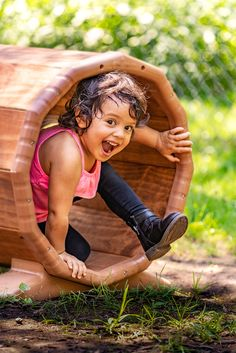 A complete solution for open-ended, explorative play in the toddler garden. Little ones will have endless opportunities for gross motor play and development.