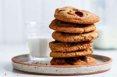 Soft chocolate chip cookies made with whole wheat flour. Salted Chocolate Chip Cookies, Cocoa Cookies, Chocolate Chip Recipes, Yummy Cookies, Chocolate Peanut Butter, Oatmeal Cookies, Cookie Recipes, Flour Recipes, Bar Recipes