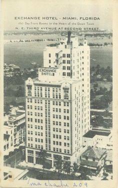 Downtown Miami, Front Rooms, Skyscraper, Florida, Street, Building, Skyscrapers, The Florida, Buildings