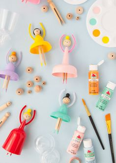 How To Make Your Own Dolls from Party Cups ⋆ Handmade Charlotte - ballerina dolls made from plastic cups La mejor imagen sobre diy face mask para tu gusto Estás bus - Diy Craft Projects, Diy And Crafts, Crafts For Kids, Arts And Crafts, Paper Crafts, Craft Ideas, Plastic Cup Crafts, Plastic Cups, Doll Party