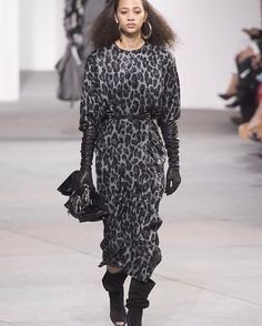 If there's one thing a @MichaelKors woman does well it's to look cool calm and poised in any situation. She presents a sophisticated front at all times. For fall that includes one warmed up in demonstrative furs by @Pologeorgis and a draped glamour that Kors does so well (a little Seventies a smidgeon of safari khaki and animal print a ton of confidence).  @nandsouzawolfe #NYFW  via HARPER'S BAZAAR MAGAZINE OFFICIAL INSTAGRAM - Fashion Campaigns  Haute Couture  Advertising  Editorial…