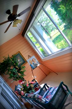 Sun room off of the Heart to Heart suite at the Texas Forest Country Retreat B What a great spot for my morning coffee!