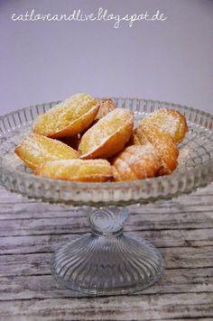 """Heute auf dem Blog: Lieblingsmadeleines von Jeanny aus ihrem tollen Backbuch. """"Zucker, Zimt und Liebe"""" nachgebacken!"""