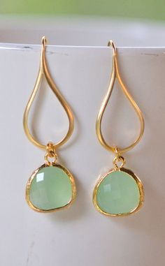 Mint Drop Earrings I love the shape, the color, the setting, soooo much!