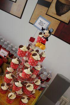 Cupcake stand and display
