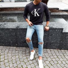 @calvinklein #sweatshirt #rippedjeans and white sneakers by @streetandgentle [ http://ift.tt/1f8LY65 ]