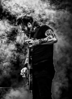 Gary Holt of Slayer, Exodus . Heavy Metal Art, Heavy Metal Bands, Rock N Roll Music, Rock And Roll, Gary Holt, Reign In Blood, Kerry King, Metal T Shirts, Famous Musicians
