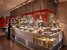 Royal Plaza On Scotts Hotel Singapore - International buffet breakfast at Carousel