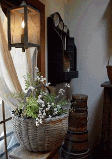 Old Basket A Primitive Place & Country Journal Magazine: Spring time news. Prim Decor, Country Decor, Ladder Decor, Farmhouse Decor, Country Homes, Vintage Farmhouse, Primitive Homes, Primitive Antiques, Country Primitive