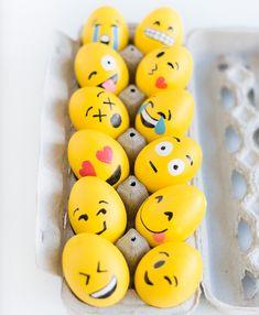 Стильные решения: как красиво покрасить яйца на Пасху - cosmo.com.ua
