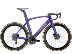 Discover your next great ride with Madone SLR 9 Disc. See the bike and visit your local Trek retailer. Bike Icon, Trek Madone, Tubeless Tyre, Trek Bikes, Push Bikes, Hot Bikes, Courses, Road Bike, Bicycle