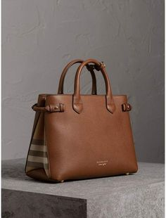 458c9fc81523 Burberry The Medium Banner in Leather and House Check