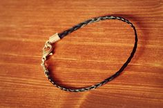 DIY Horsehair bracelet-for the horse lovers out there!
