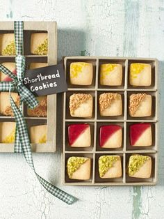 These cute shortbread cookies make for a perfect gift. #cookies