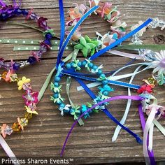 Add bells for dancing fun Elsa Birthday, Baby Birthday, Birthday Ideas, Hobbies And Crafts, Diy Crafts For Kids, Combined Birthday Parties, Fairy Crown, Fairy Princesses, Camping Crafts