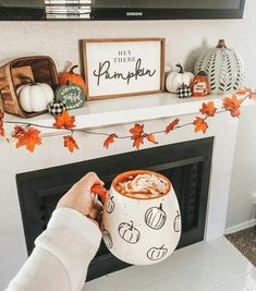 Hey there pumpkin, it's finally September! 🍁🍂I've been excited to decorate my apartment for Fall/Halloween. So far this is my favorite… Halloween Home Decor, Halloween House, Fall Halloween, Halloween Nails, Halloween Decorations Apartment, Halloween Living Room, Diy Halloween Games, Rustic Halloween, Halloween Mantel