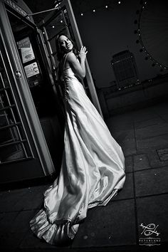 Trash the Dress photo sessions in London, After Glow photo sessions by Peter Lane, London wedding photographer - http://peterlanephotography.co.uk - #trashthedress #afterglow