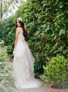 Claire Pettibone 'Amelie' wedding http://www.clairepettibone.com/bridal/?cp=gowns/amelie Photography: This Modern Romance via @Green Wedding Shoes / Jen Campbell