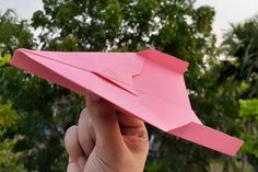 Paper #Airplanes That Fly Far   Paper #Airplane That Flies Far Easy Tutorial Step By Step   #DIY #Craft Best Paper Airplane Design, Make A Paper Airplane, Paper Plane, Origami Airplane, Useful Origami, Paper Crafts, Diy Crafts, Origami Paper, Step By Step Instructions