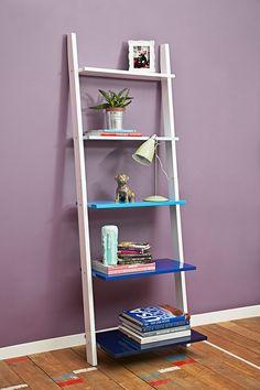 shelf arrangement Leaning Book Shelf in Blue Leaning Bookshelf, Ladder Bookcase, Bookshelves, Shelf Arrangement, Hobby Room, Home Gifts, My Dream Home, Ladder Decor, Home Accessories