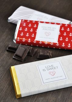 Valentine's day free printable chocolate bar wrappers make the perfect valentine.