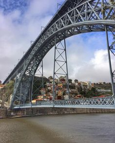 The Dom Luis is a double-decked metal arch bridge  and one of the works of Gustavo Eiffel (guy who designed the Eiffel Tower) #domluis #domluisbridge #ponteluis #ponte #porto #portugal #douro #river #sunnyday #architecture #eiffelbridge #eiffel #travel #happy #holiday #historic #sightseeing #ribeira #doubledeck #travel #photooftheday #lovelyday #beautiful by nata.leee