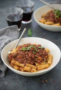 Eggplant Lentil Bolognese! You've gotta try this vegan and glutenfree pasta sauce, so hearty and full of plant-based protein.