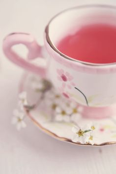 A lovely cup - Tea Time The Rouge, I Believe In Pink, My Cup Of Tea, Everything Pink, Cute Food, Vintage Tea, Pink Aesthetic, High Tea, Afternoon Tea