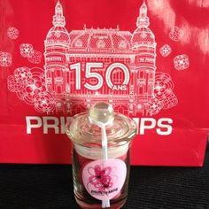 Le sac spécial anniversaire et les douceurs de Violette et / #printemps #Happy150Printemps / http://millelyons.fr/les-objets-collectors-des-150-ans-du-printemps/Berlingot