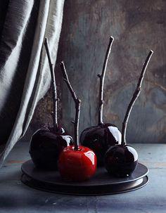 Pomme d'amour noire pour Halloween